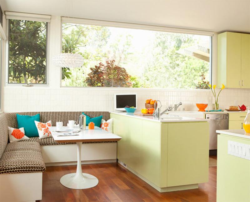san francisco breakfast table interior green
