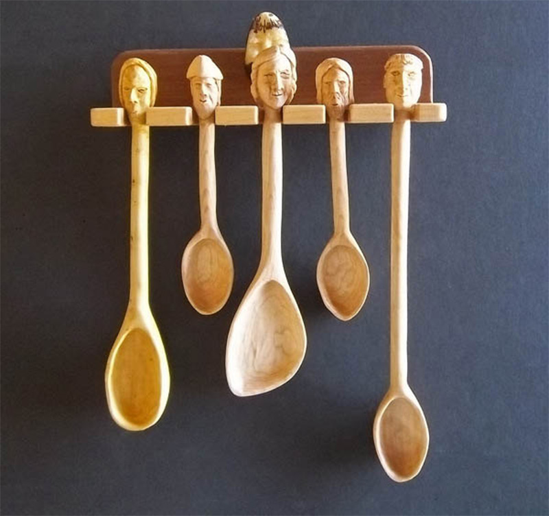 wooden spoons heads design wall holder