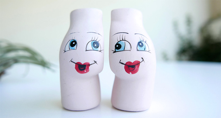 cheeks shakers
