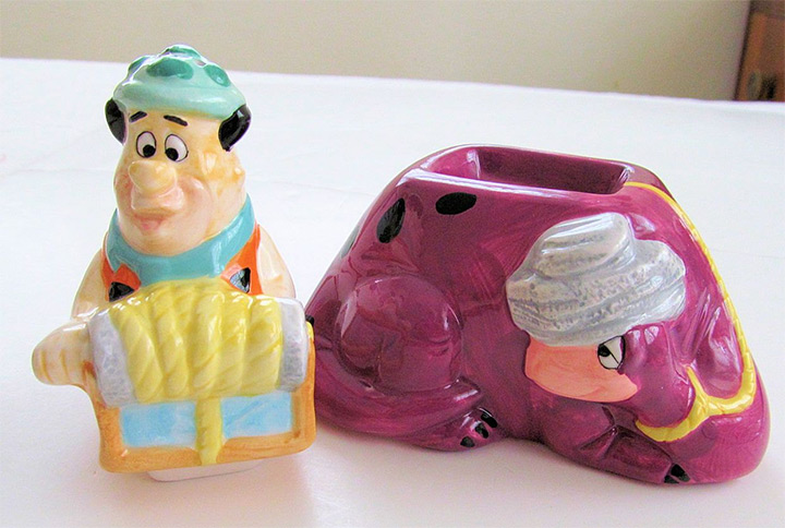 flintstones salt pepper shakers
