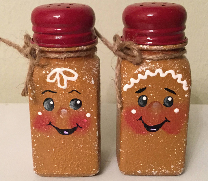 gingerbread salt pepper shakers
