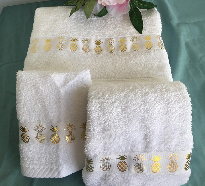 pineapple bath towels