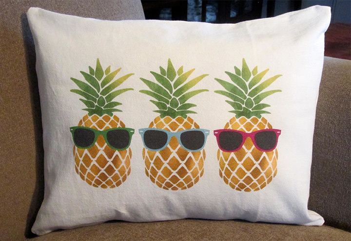 pineapple throw pillows