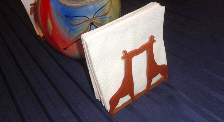 giraffe napkin holder