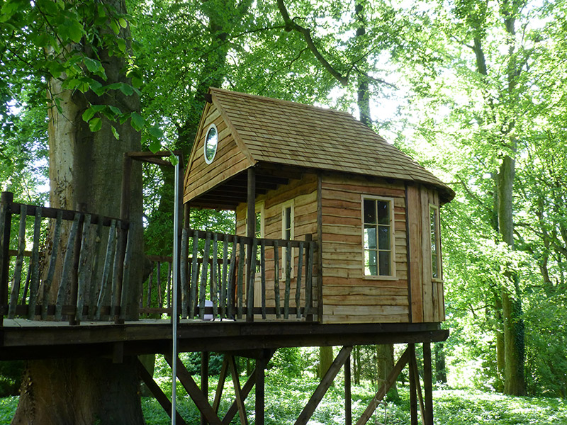 square house simple treehouse design