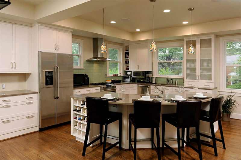 rounded kitchen island cooking area