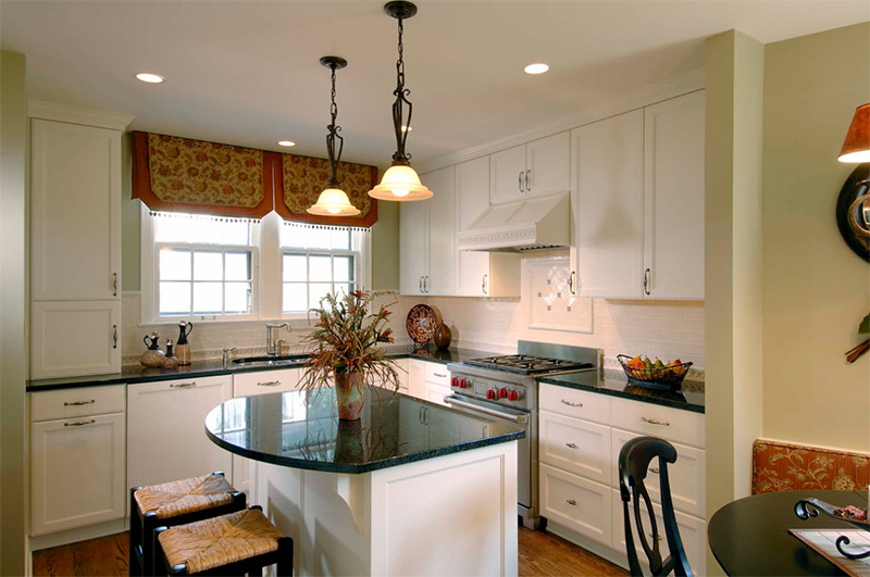 smaller kitchen rounded island design