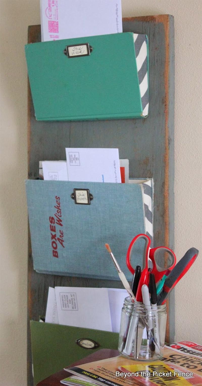 magazine mail organizer