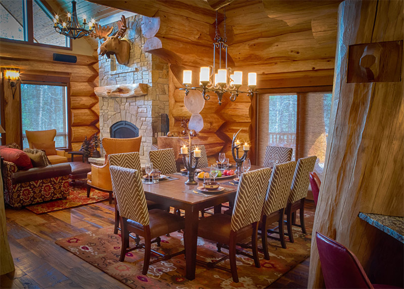 moose ridge dining room interior