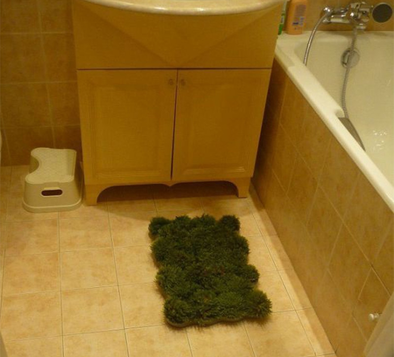moss covered bath mat