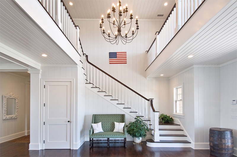 Hamptons beach house l-shaped stairs