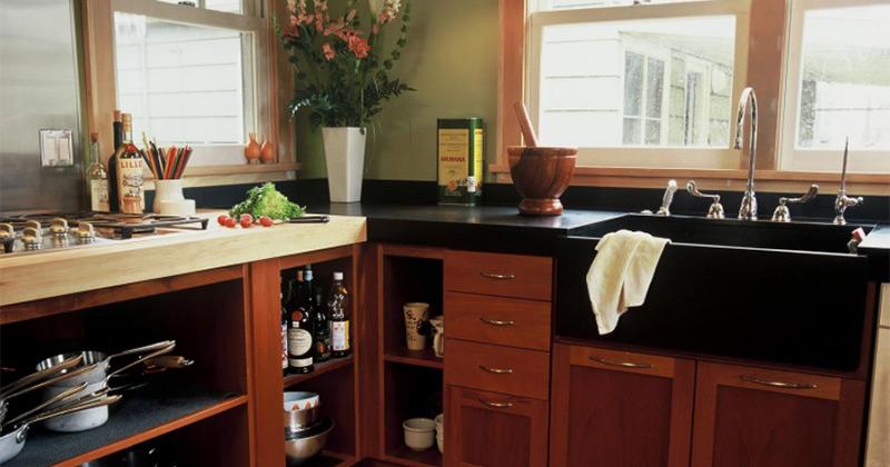 Black sink design
